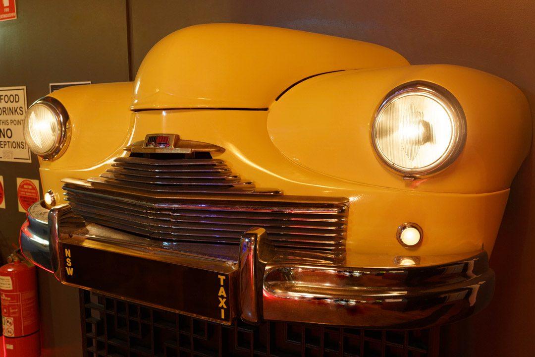 357 Level 4 entrance taxi car feature